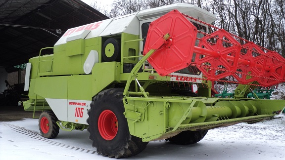 Claas Dominator 106--combina agricola second hand